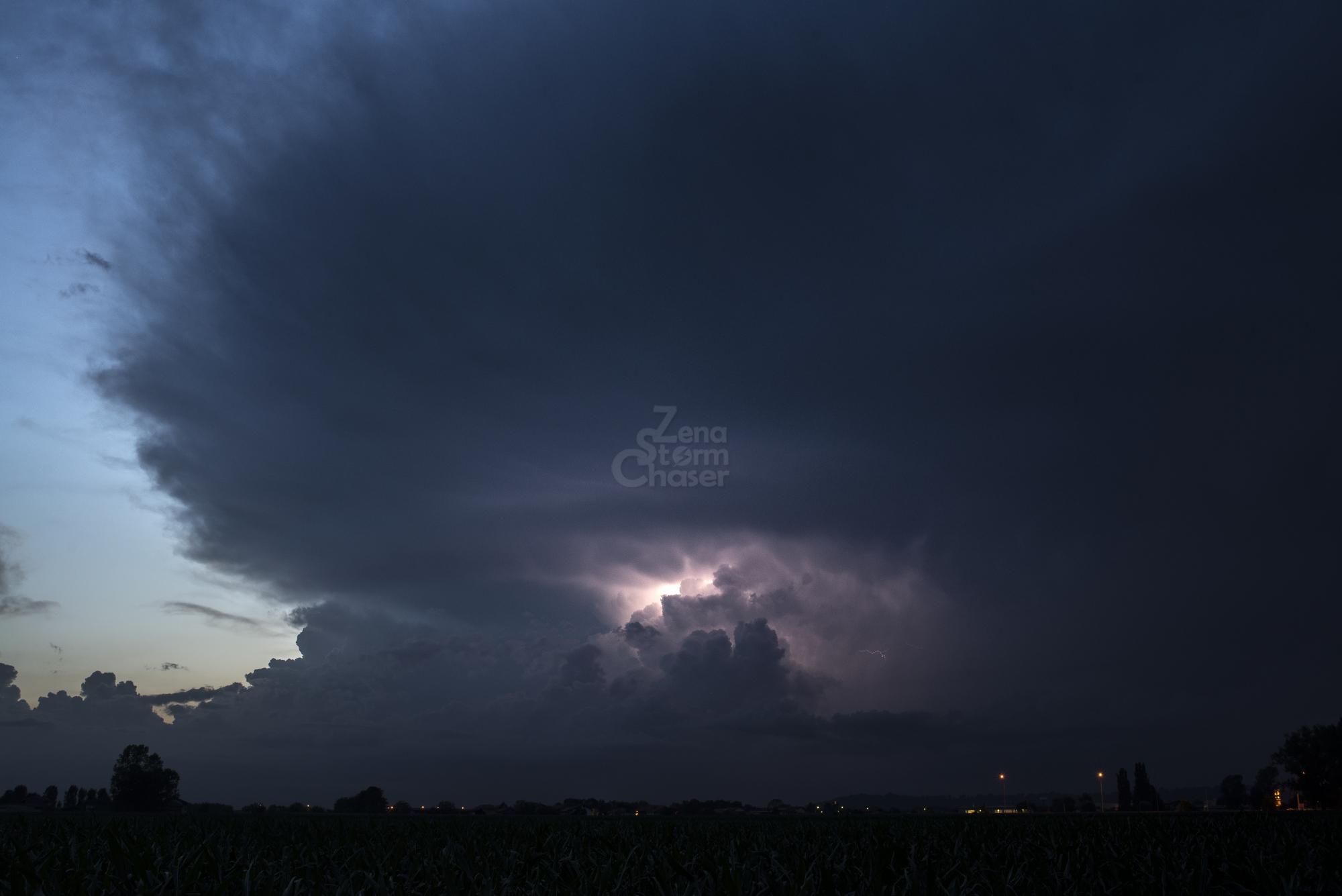 Supercella piemontese temporale serale 17 giugno 2016_3