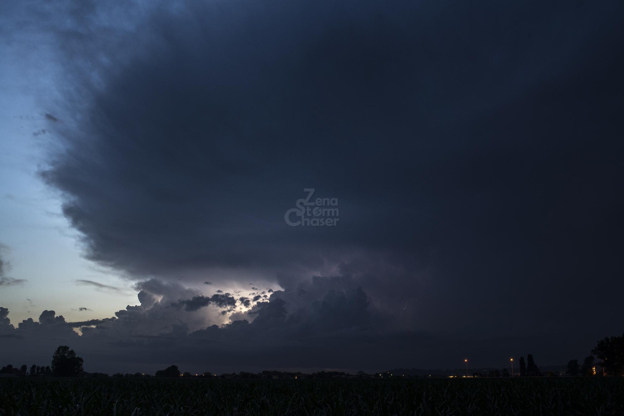 Supercella piemontese temporale serale 17 giugno 2016_4