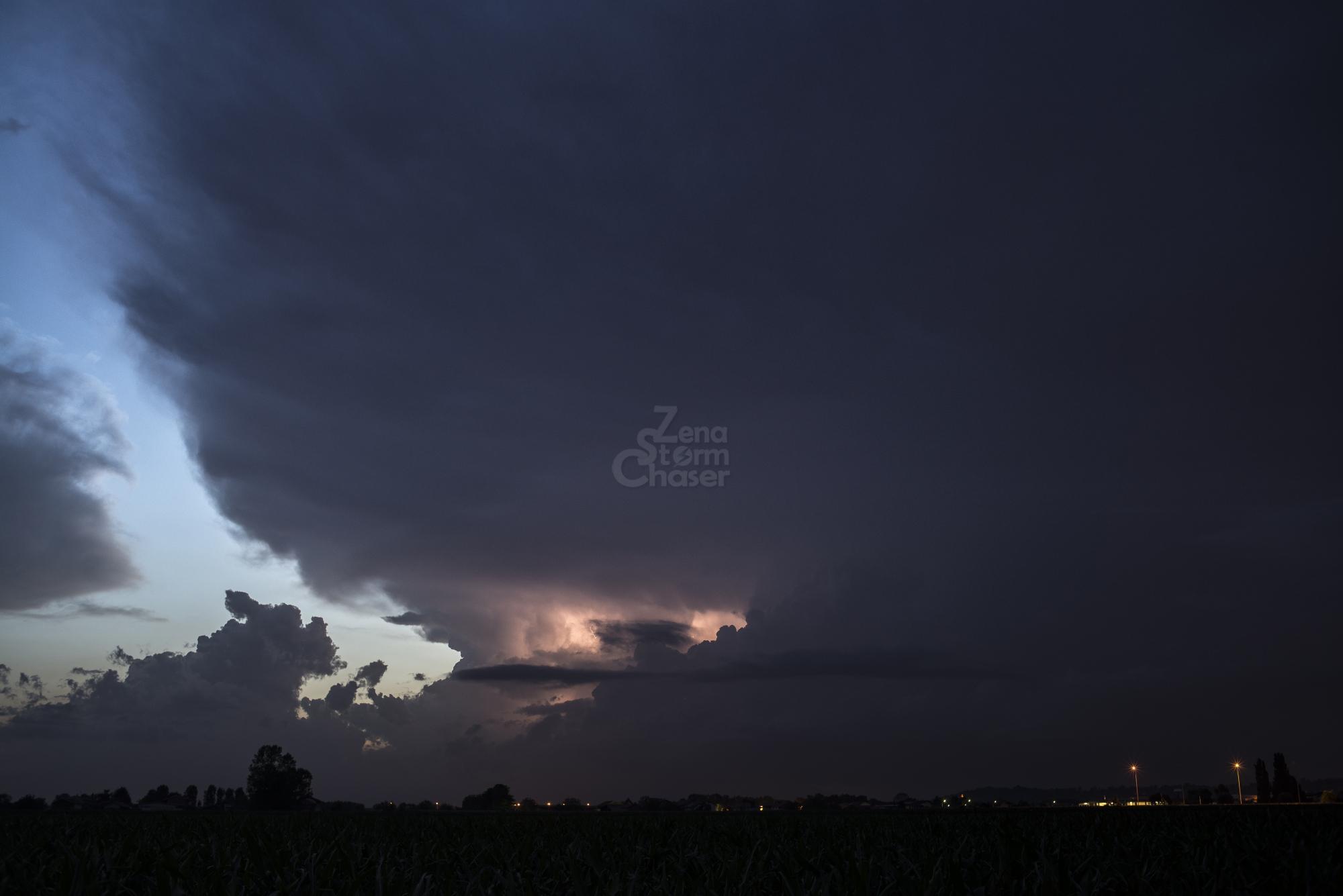 Supercella piemontese temporale serale 17 giugno 2016_9